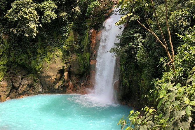 Covid Free 1 day trip getting off the beaten path to Rio Celeste and Tenorio NP