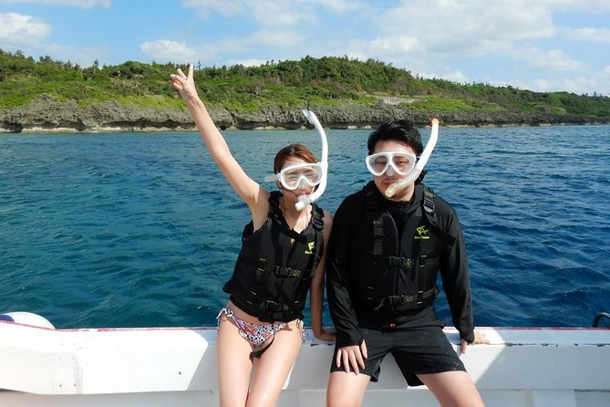 【OKINAWA / Minna Island / Sesoko Island】 Boat Snorkeling Curse(2 Sites) for only one group in the morning and the afternoon  Free photography!!