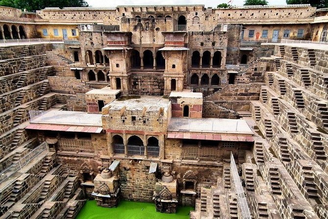 Abhaneri Step Well (Chand Baori) Tour From Jaipur With Entry & Lunch (Optional)