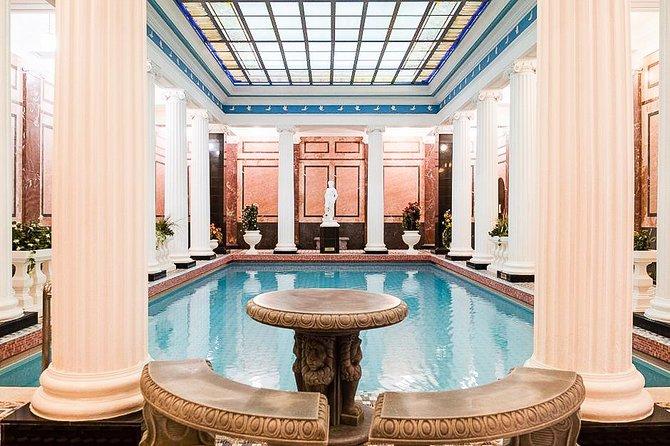 Sanduny Baths Visit and a City Tour: try Russian Sauna and Parenie!