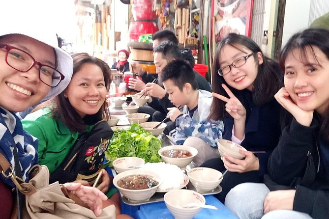 (Private) Hanoi Street Food Tour By Volunteer Guide