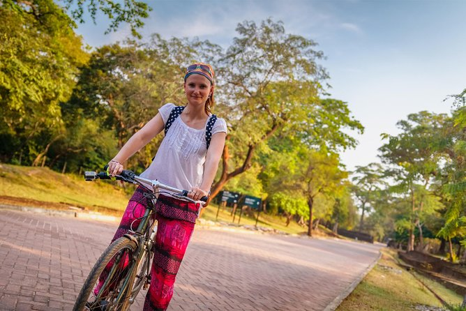 Village and Lagoon Cycling Tour in Galle photo 4