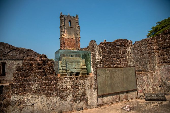 Goa Art Trail - A Guided Tour to Churches of Goa photo 6