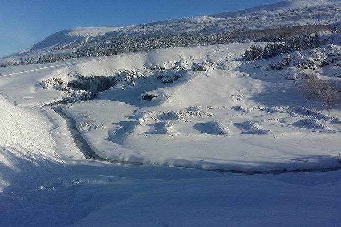 Borgarfjordur and Hvalfjordur - Saga, Culture and nature.