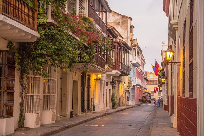 Cartagena 6-hour Sightseeing Tour with Historic Center and Castillo San Felipe