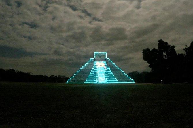 Chichen Itza and night light and sound show cenote Ikkil hotel Mayaland