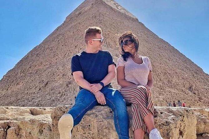 private tour to Pyramids & Egyptian Museum