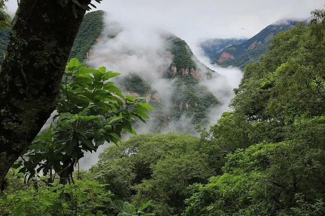 La Cruz Viewpoint / La Toma Waterfall