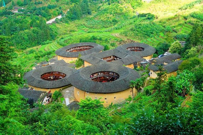 Tour Guide and Car: Private Day Tour to Tianluokeng Tulou and Gaobei Tulou
