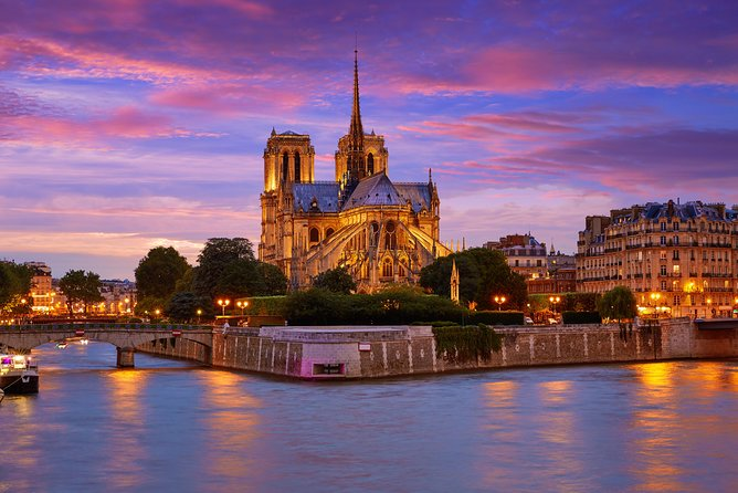 Private Tour : Notre-Dame, Ile de la Cité and St Severin Church