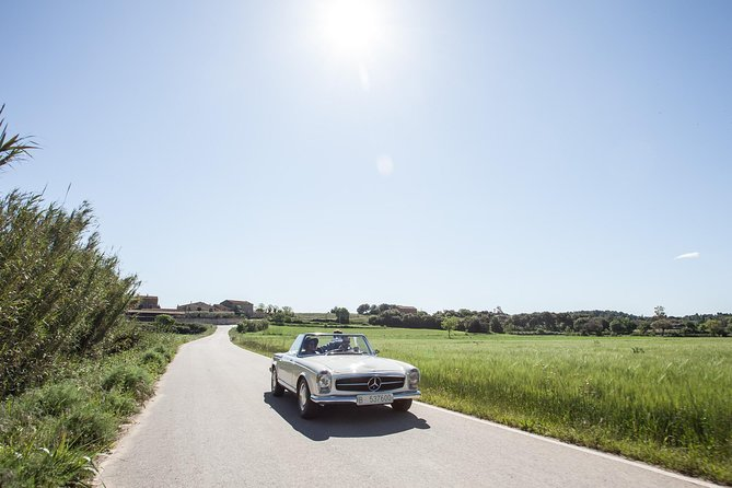 Classic car route to Girona