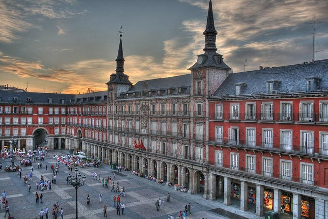 Madrid Custom Private Tour with Optional Prado Museum Skip the Line Ticket