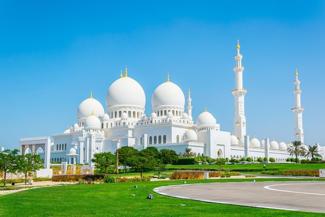 Wheelchair Accessible Half Day Tour Abu Dhabi to Sheikh Zayed Grand Mosque photo 4