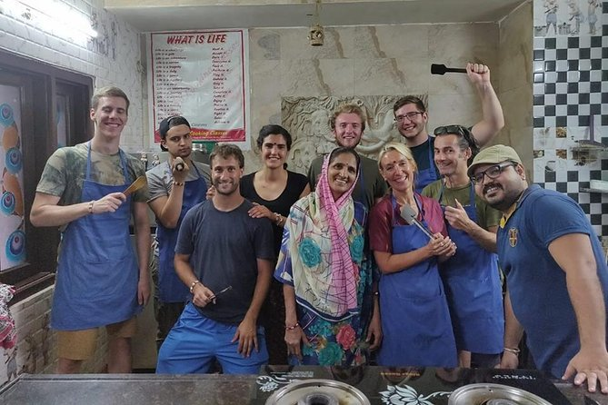 Learn Cooking in Udaipur - A Guided Activity