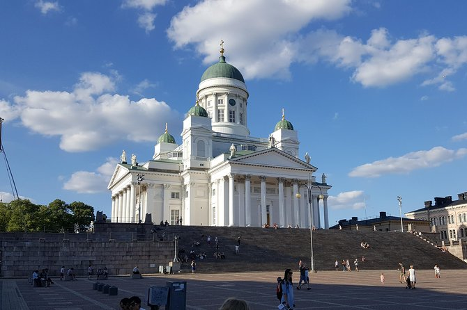 Tour from Helsinki Airport to Helsinki city center