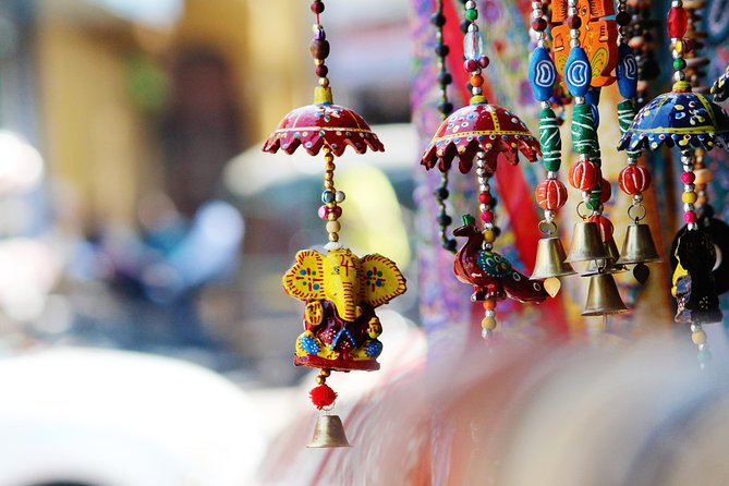 Shopping Tour in Udaipur - A Guided Group Tour