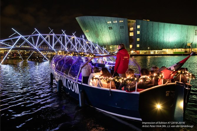 Amsterdam Light Festival Cruise With Live Guide and Drinks