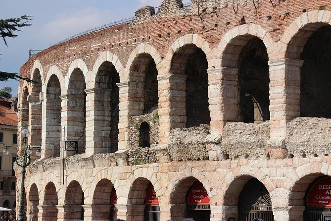 A Charming Verona Small Group City Tour with a Local Guide