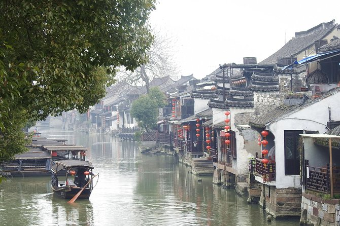 Private Tongli Ancient Water Town from Shanghai