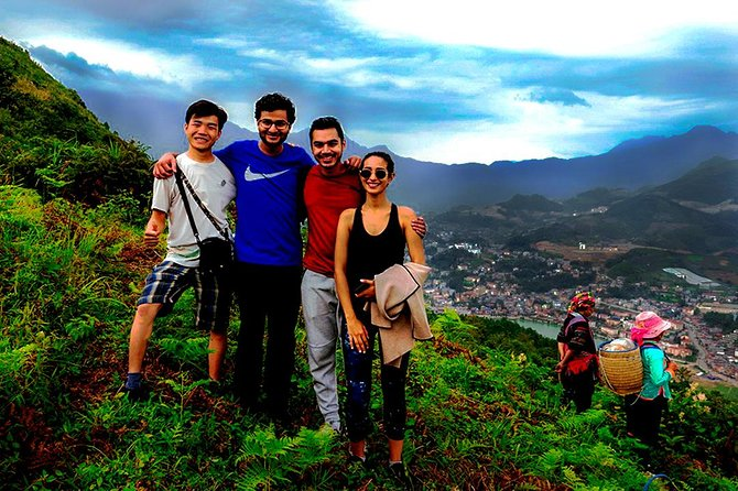 Mountain views and villages trek – 1 Day