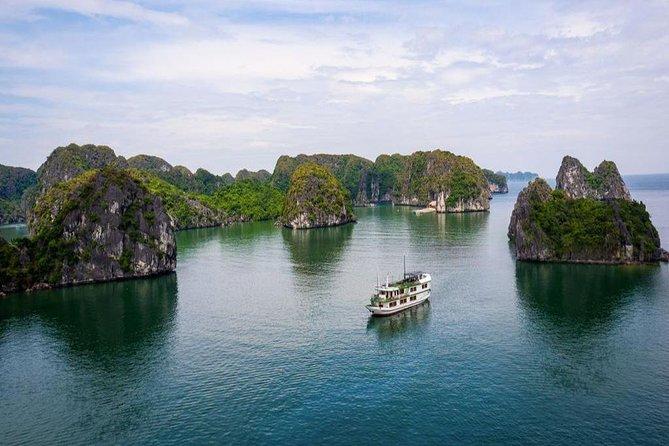 Lan Ha Bay 2 Days 1 Night Tour with 4Star Cruise - Kayaking and Cooking Class