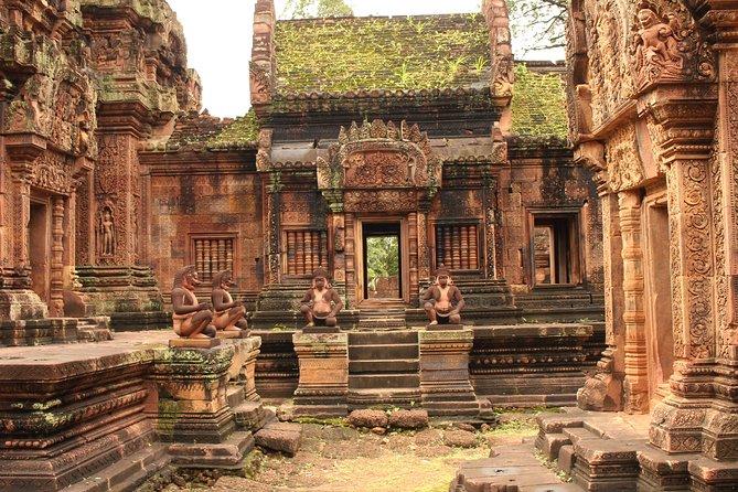 Siem Reap Full Day Banteay Srei and Beng Mealea Tour
