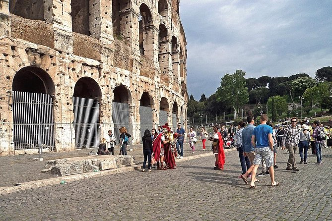 Colosseum private tour fast track photo 3