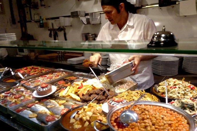 Istanbul: Evening food tour in Kadikoy