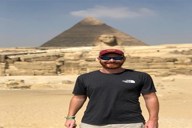 Private Tour Pyramids, Coptic Cairo Egyptian Museum and Lunch