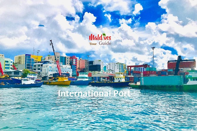 Male' City Walking Tour - Maldives