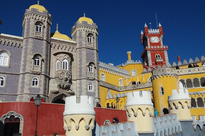 Crazy Sintra and Chilled Cascais Highlights