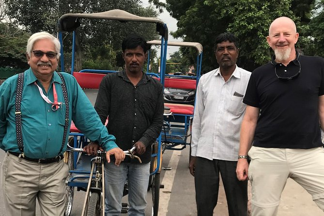 Old Delhi Walking, Rick Ride Tour & Food Sampling