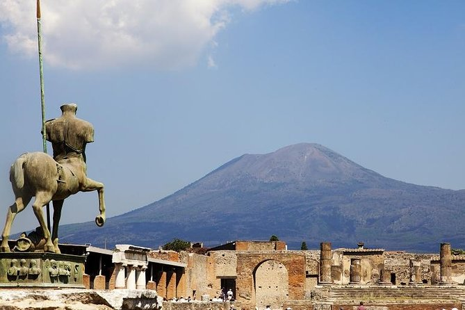 Day Trip from Rome: Lost city of Pompeii and stunning Sorrento
