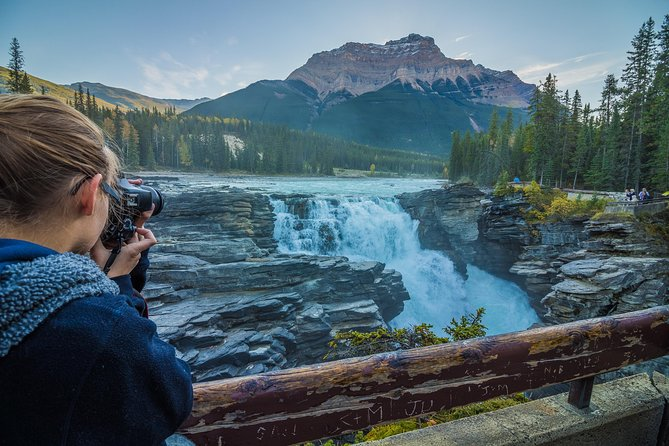 6-Day Rocky Mountains Wapiti Tour from Banff finish Vancouver