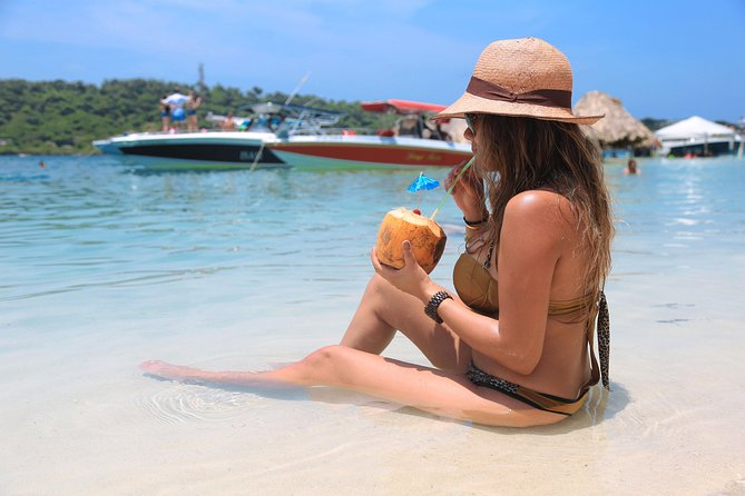 VIP Rosario Islands 4 spots: Isla Grande, Cocotera, Cholon and Mambo beach Barú