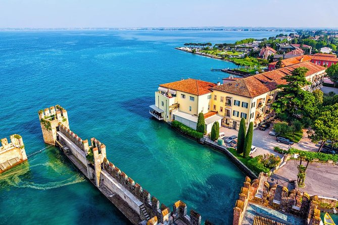 Private Romantic Motorboat Tour From Sirmione