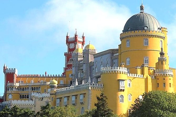 Full Daytrip to Pena Palace, Ericeira & Mafra, from Lisbon