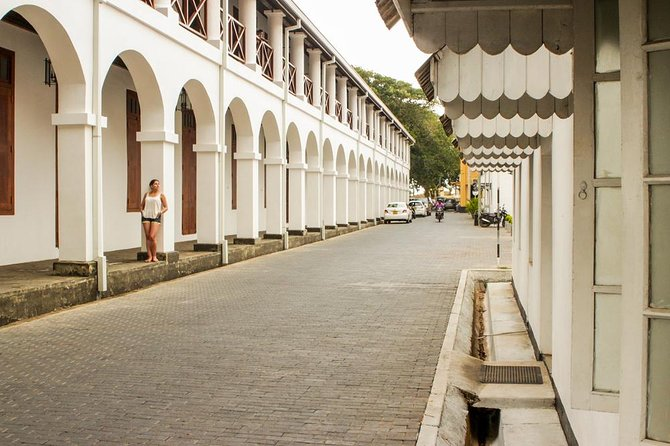 Leisure Walk at Galle Fort, Sri Lanka - Guided Walking Tour photo 2