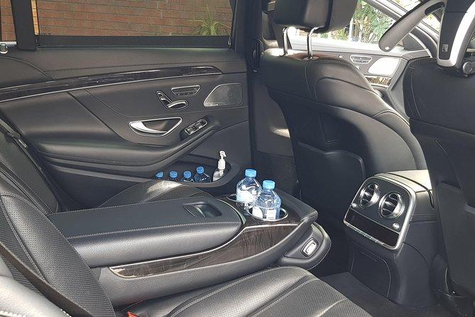 Luxury wedding car hire with chauffeur