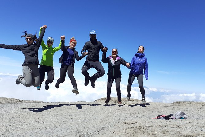 climb the Kilimanjaro via Umbwe route