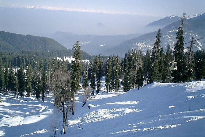 Trip to Beautiful Gulmarg from Srinagar City.