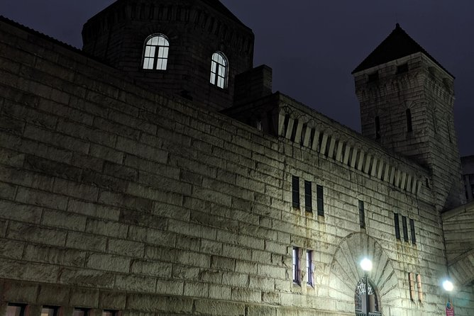 To this day a ghost is haunting the old Pittsburgh jail...