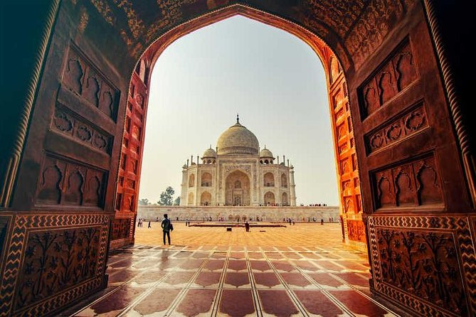 Sunset Tour of Taj Mahal from Delhi Including entrance tickets