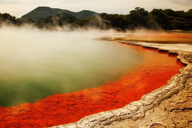 Hells Gate Excite Experience & Wai-O-Tapu Thermal Wonderland Experience