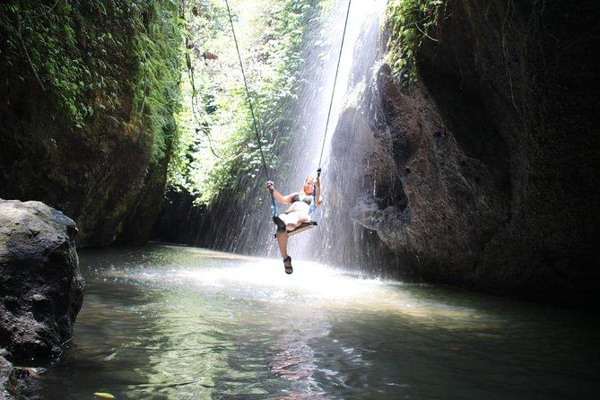 Ubud Shared Tour: Ubud Waterfalls, Tegalalang & Gunung Kawi (Ticket fee Include)
