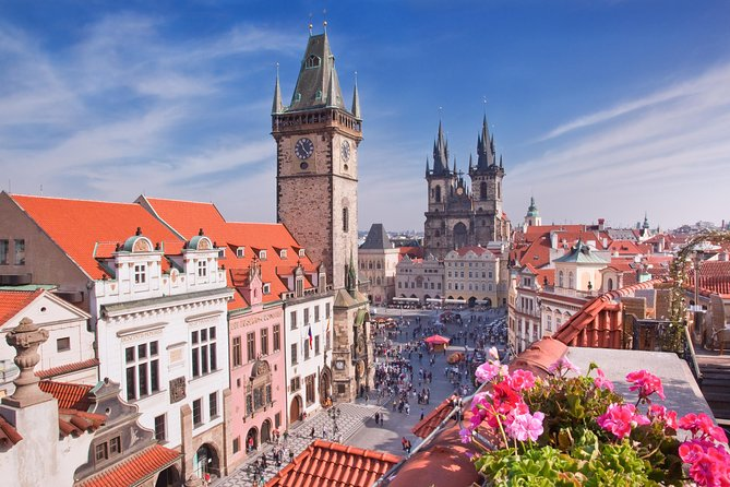 Private Transfer from Cesky Krumlov to Prague, English-speaking driver