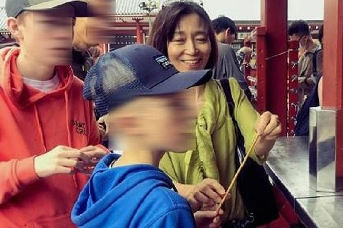 Family package in Asakusa: history tour with a visit to amusement park
