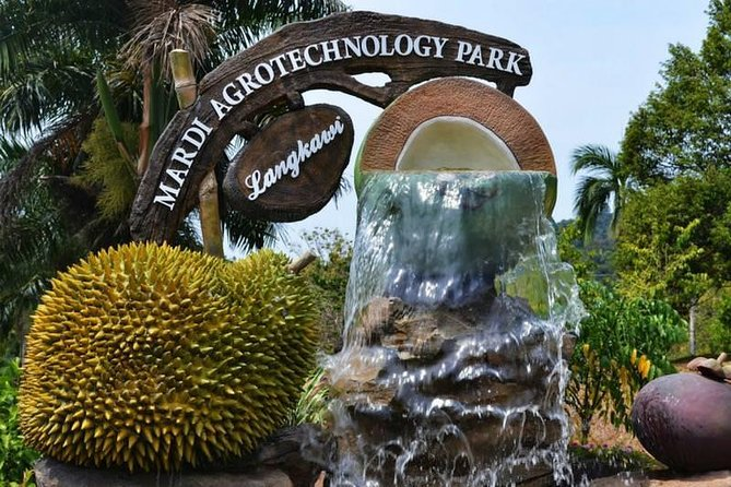 Private Sightseeing Tour (D - MARDI Agro Park) - experienced driver cum guide.