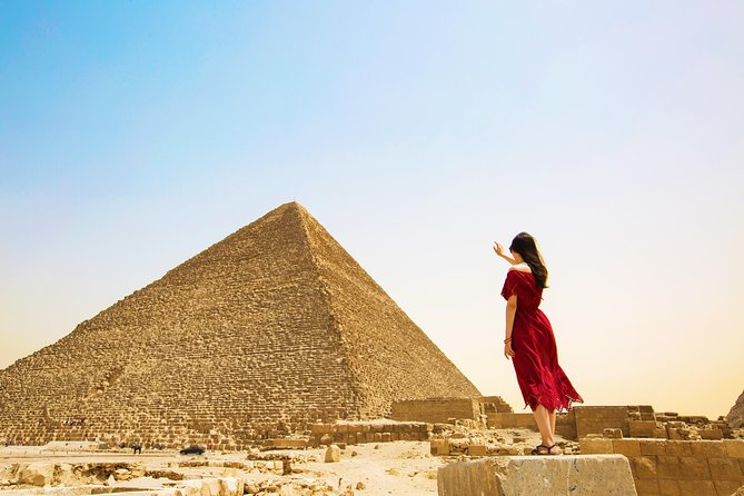 Private Giza Pyramid, Sphinx, Memphis & Saqara Guided Tour from Cairo