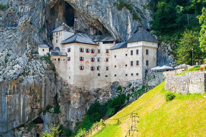 Day Trip from Pula to Predjama Castle and Postojna Cave photo 1